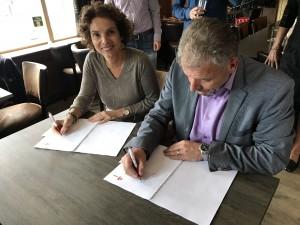 Ondertekening Contract Valkbrug